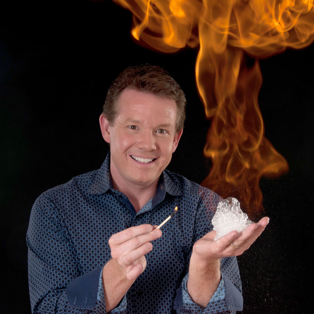Steve Spangler lighting Fire bubbles headshot